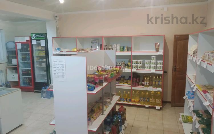 Магазин площадью 400 м², Сулейменова 43 за 1 000 〒 в Таразе
