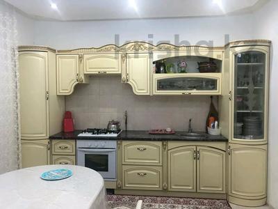 6-комнатный дом, 250 м², 10 сот., 13-й микрорайон за 40 млн 〒 в Аксае — фото 7