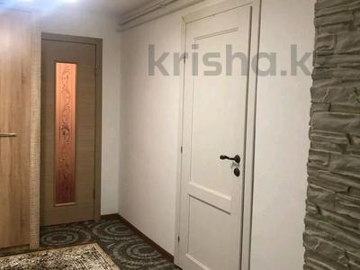 6-комнатный дом, 250 м², 10 сот., 13-й микрорайон за 40 млн 〒 в Аксае — фото 2