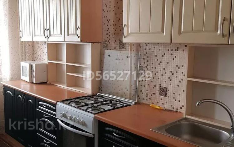 2-комнатная квартира, 52 м², 3/5 этаж помесячно, мкр Айнабулак-2 55 за 150 000 〒 в Алматы, Жетысуский р-н