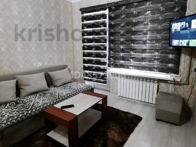 1-комнатная квартира, 35 м², 4/5 этаж посуточно, Шугыла 4 — Бухарбай батыр за 7 000 〒 в
