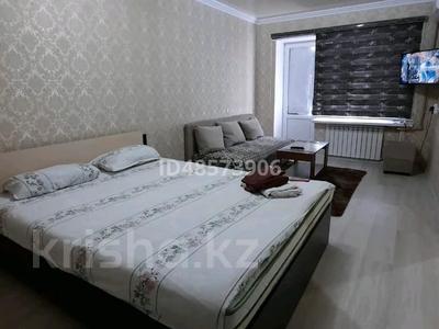 1-комнатная квартира, 35 м², 4/5 этаж посуточно, Шугыла 4 — Бухарбай батыр за 7 000 〒 в  — фото 2