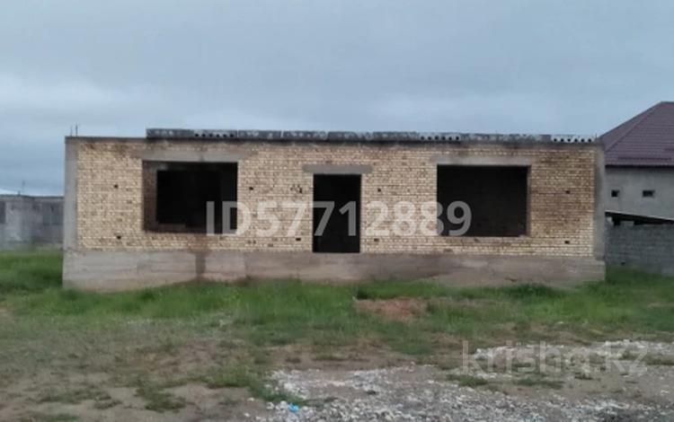5-комнатный дом, 196 м², 8 сот., Мкр Кайнарбулак за 7.8 млн 〒 в Шымкенте, Каратауский р-н