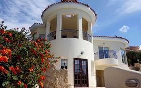 9-комнатный дом, 340 м², 20 сот., Камарес Вилледж, Пафос за 760 млн 〒