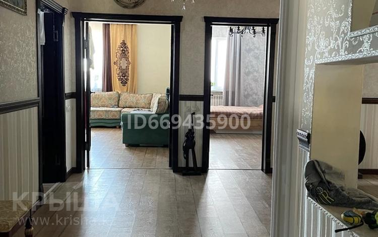 4-комнатный дом, 250 м², 16 сот., Кунаева 34 за 37 млн 〒 в Кызылжаре