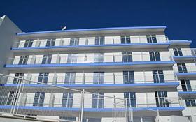 Здание, площадью 2710 м², Av. Portinyol 47 за ~ 2.4 млрд 〒 в Барселоне