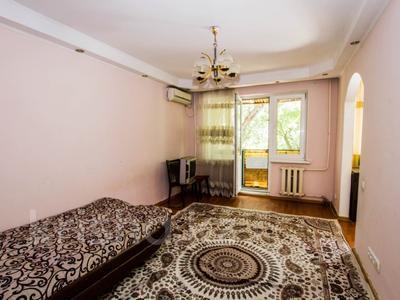 3-комнатная квартира, 60 м², 3/4 этаж, мкр №6, Мкр №6 за 19.9 млн 〒 в Алматы, Ауэзовский р-н — фото 3