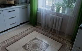 2-комнатная квартира, 58 м², 4/5 этаж, 6мкр за 15 млн 〒 в Талдыкоргане