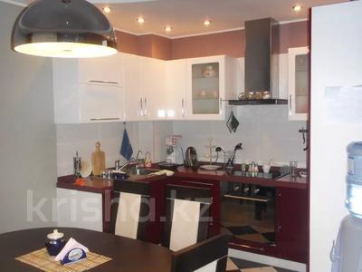 4-комнатная квартира, 110 м², 3/12 этаж, Валиханова 1 за 38 млн 〒 в Нур-Султане (Астана), р-н Байконур