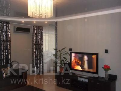4-комнатная квартира, 110 м², 3/12 этаж, Валиханова 1 за 38 млн 〒 в Нур-Султане (Астана), р-н Байконур — фото 4