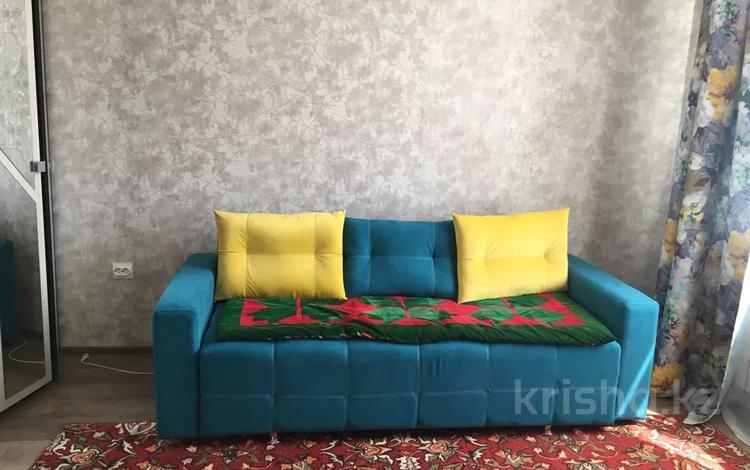 1-комнатная квартира, 33 м², 2/10 этаж помесячно, Ильяс Омарова 23 за 90 000 〒 в Нур-Султане (Астана), Есиль р-н