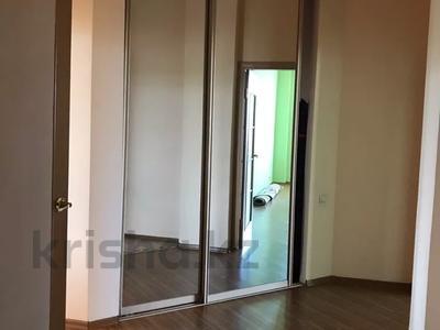 2-комнатная квартира, 90 м², 7/13 этаж, Тыныбаева 33 за 40 млн 〒 в Шымкенте, Аль-Фарабийский р-н — фото 11