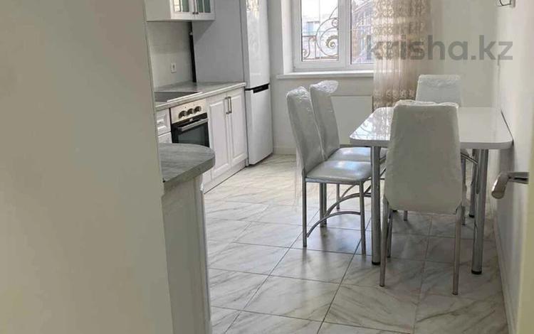 2-комнатная квартира, 62 м², 2/5 этаж, Алихана Бокейханова 27 за 28.5 млн 〒 в Нур-Султане (Астана), Есиль р-н