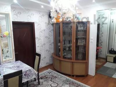 3-комнатная квартира, 75 м², 1/10 этаж, проспект Шахтёров 74 за 14.3 млн 〒 в Караганде, Казыбек би р-н — фото 6