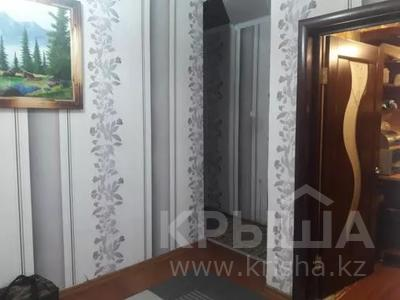 3-комнатная квартира, 75 м², 1/10 этаж, проспект Шахтёров 74 за 14.3 млн 〒 в Караганде, Казыбек би р-н — фото 8