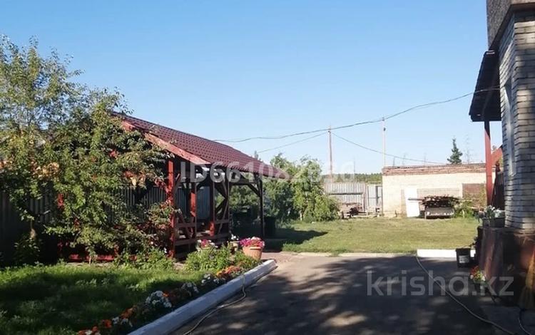 4-комнатный дом посуточно, 100 м², 10 сот., Достык 3/2 за 40 000 〒 в Бурабае