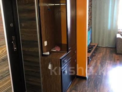 2-комнатная квартира, 42 м², 4/5 этаж посуточно, Бухар Жирау 56/2 за 12 000 〒 в Караганде, Казыбек би р-н — фото 5