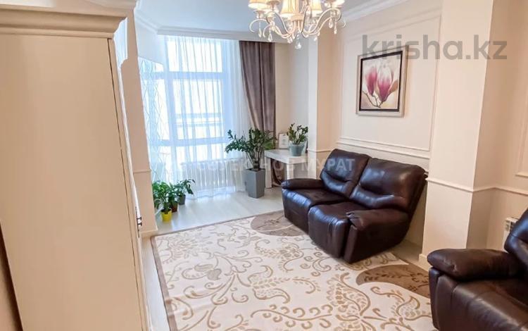 2-комнатная квартира, 76 м², 6/8 этаж, Мәңгілік Ел 48 за 38 млн 〒 в Нур-Султане (Астане), Есильский р-н