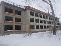 Здание, площадью 1551 м²