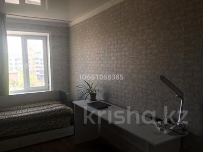 3-комнатная квартира, 76 м², 5/5 этаж помесячно, Карасай батыра за 111 000 〒 в Нур-Султане (Астана), Сарыарка р-н