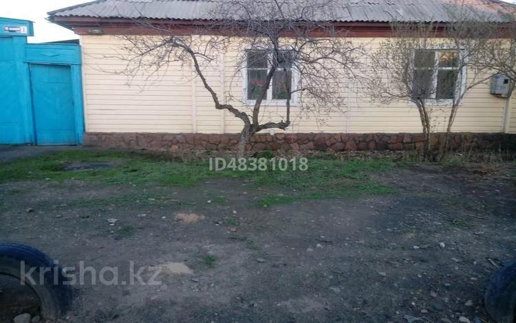 4-комнатный дом, 80 м², Восточный 18л 2 за 7 млн 〒 в Семее