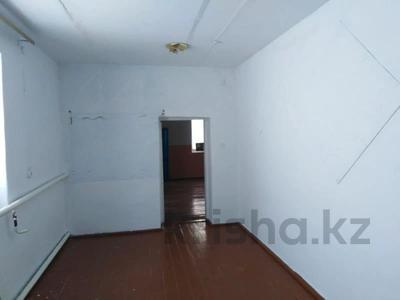 Здание, площадью 176 м², Село Озёрное, Школьная 9 за 990 000 〒 в Озёрное