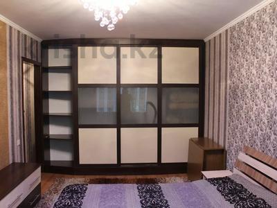 1-комнатная квартира, 36 м², 1/5 этаж посуточно, Байтурсынова — Макатаева за 8 000 〒 в Алматы, Алмалинский р-н — фото 2