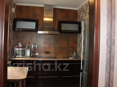 1-комнатная квартира, 36 м², 1/5 этаж посуточно, Байтурсынова — Макатаева за 8 000 〒 в Алматы, Алмалинский р-н — фото 6