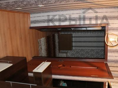 1-комнатная квартира, 36 м², 1/5 этаж посуточно, Байтурсынова — Макатаева за 8 000 〒 в Алматы, Алмалинский р-н — фото 8