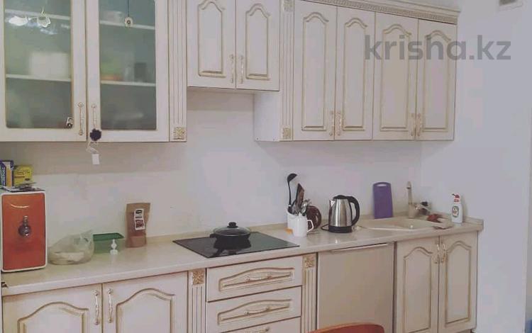3-комнатная квартира, 120 м², 4/9 этаж, Бокейхана 30 за 36 млн 〒 в Нур-Султане (Астана), Есиль р-н