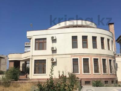 7-комнатный дом помесячно, 700 м², 21 сот., 4-й мкр 2a за 800 000 〒 в Актау, 4-й мкр — фото 2