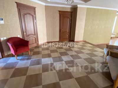 7-комнатный дом помесячно, 700 м², 21 сот., 4-й мкр 2a за 800 000 〒 в Актау, 4-й мкр — фото 10
