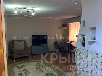 2-комнатная квартира, 50 м², 1/5 этаж, Ермекова за 13.8 млн 〒 в Караганде, Казыбек би р-н