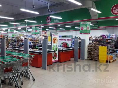 Магазин площадью 1500 м², ул. Республики за 285 млн 〒 в Атырау