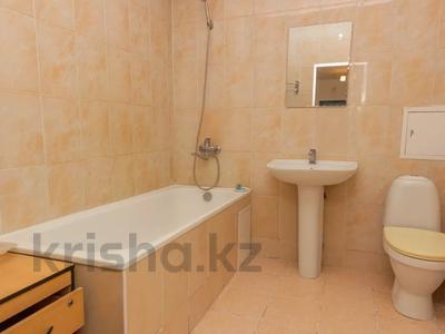 2-комнатная квартира, 77.6 м², 12/16 этаж, Кенесары 65 за 18.8 млн 〒 в Нур-Султане (Астана), р-н Байконур — фото 19