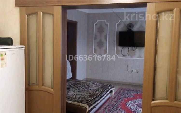 2-комнатный дом помесячно, 52 м², 6 сот., Мочалова за 130 000 〒 в Алматы, Жетысуский р-н