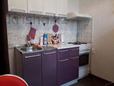 2-комнатная квартира, 60 м², 2/3 этаж посуточно, Момышулы 39 за 12 000 〒 в Семее