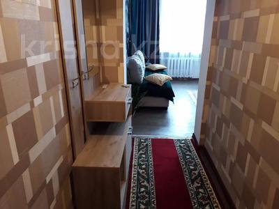 2-комнатная квартира, 60 м², 2/3 этаж посуточно, Момышулы 39 за 12 000 〒 в Семее — фото 2