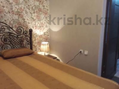 2-комнатная квартира, 60 м², 2/3 этаж посуточно, Момышулы 39 за 12 000 〒 в Семее — фото 3