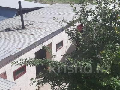 8-комнатный дом, 174.8 м², 6.6 сот., мкр Улжан-2, Байсерке 20 за 27 млн 〒 в Алматы, Алатауский р-н — фото 13