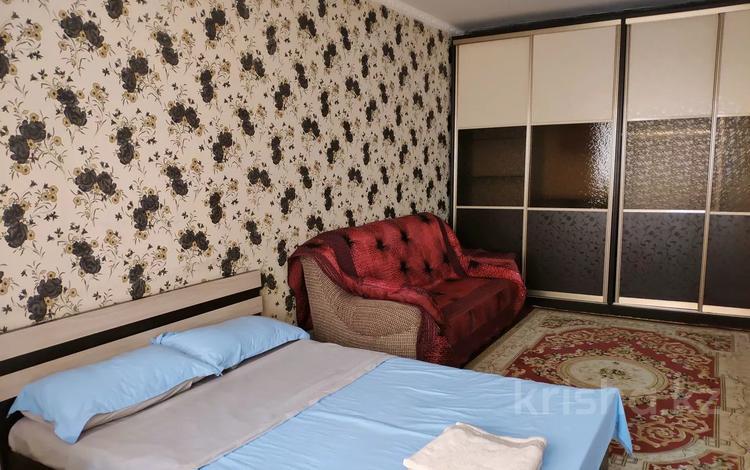 1-комнатная квартира, 45 м², 9/9 этаж посуточно, мкр Мамыр-4, Саина 305 за 7 000 〒 в Алматы, Ауэзовский р-н