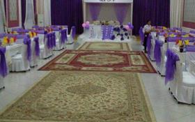 5-комнатный дом посуточно, 700 м², Кызыл сай — Жибек жолы за 100 000 〒 в Шымкенте, Каратауский р-н