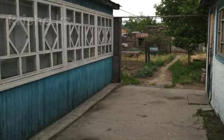3-комнатный дом, 57 м², 6 сот., Павлова 197 за 7 млн 〒 в Семее
