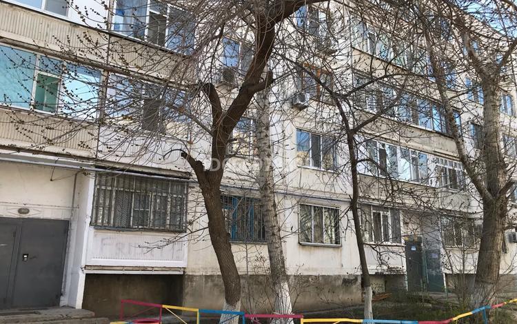 2-комнатная квартира, 48 м², 2/5 этаж, мкр 8 54/2 за 14 млн 〒 в Актобе, мкр 8