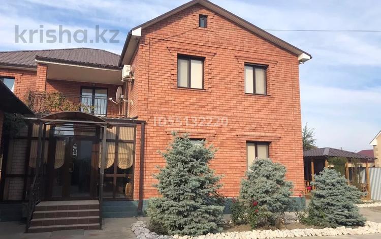 9-комнатный дом, 350 м², 10 сот., Шагала за 115 млн 〒 в Атырау