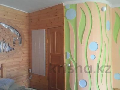 1-комнатный дом посуточно, 30 м², 10 сот., Щорса 17 — Обозная за 12 000 〒 в Бурабае