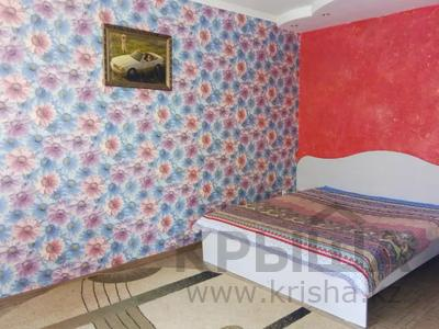 1-комнатная квартира, 32 м², 3/5 этаж посуточно, Аль-Фараби 100 — Чехова за 4 000 〒 в Костанае — фото 3