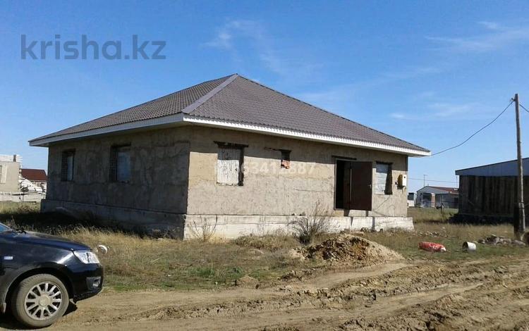 6-комнатный дом, 200 м², 10 сот., 7мкр 45 — Достык за 6.5 млн 〒 в Кояндах
