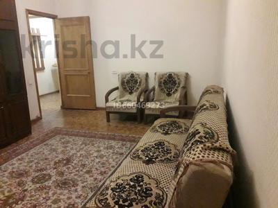 2-комнатная квартира, 56 м² помесячно, Достык — Омарова за 130 000 〒 в Алматы, Медеуский р-н — фото 2