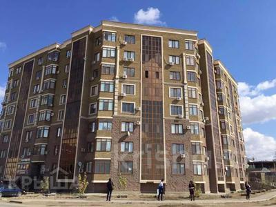 2-комнатная квартира, 80 м², 5/9 этаж помесячно, Габдиева 47 за 200 000 〒 в Атырау — фото 7